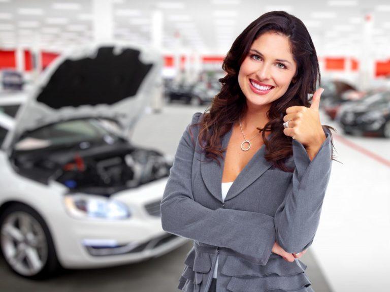 woman car dealer